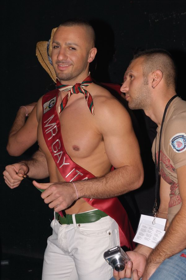 mr-gay-competition-2008-016.jpg
