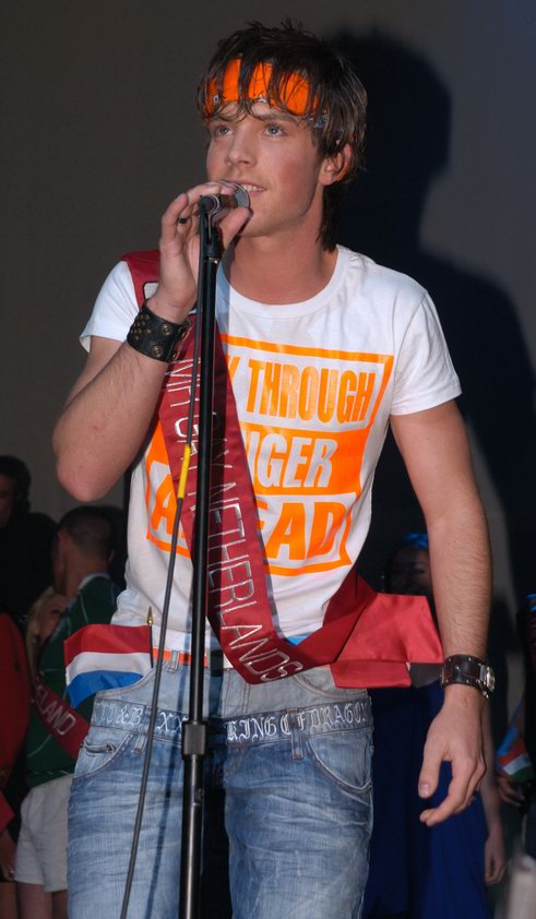 mr-gay-competition-2008-070.jpg