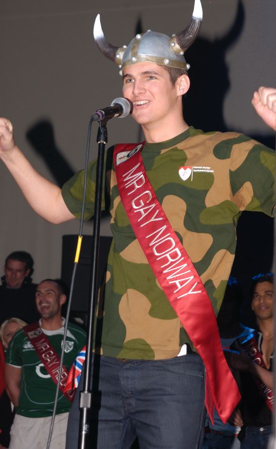 mr-gay-competition-2008-072.jpg