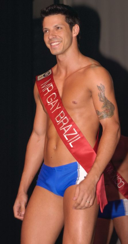 mr-gay-competition-2008-089.jpg