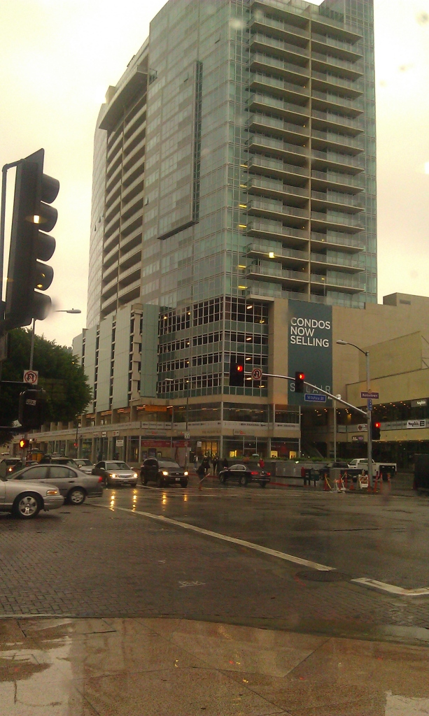 Wilshire at Western